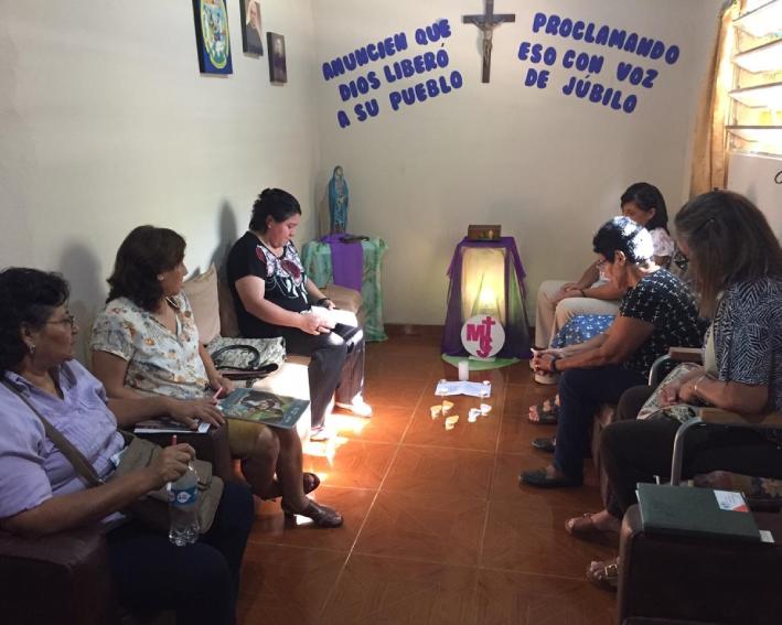 Grupo da AME participando do retiro Congregacional