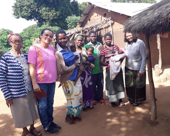 Visita da Equipe Geral e Regional aos familiares das Irmãs Moçambicanas