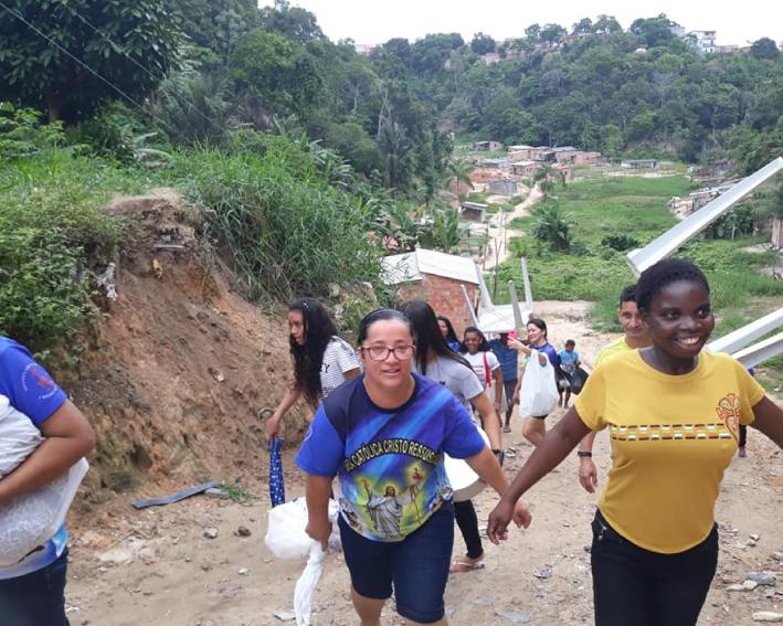 Marly e Aida Visitando o povo em Manaus
