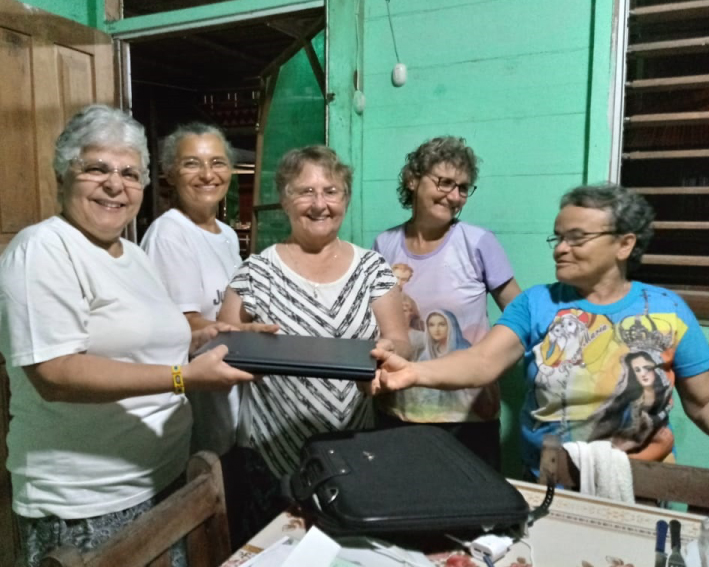 Visita da coordenação intercongregacional à comunidade Intercongregacional