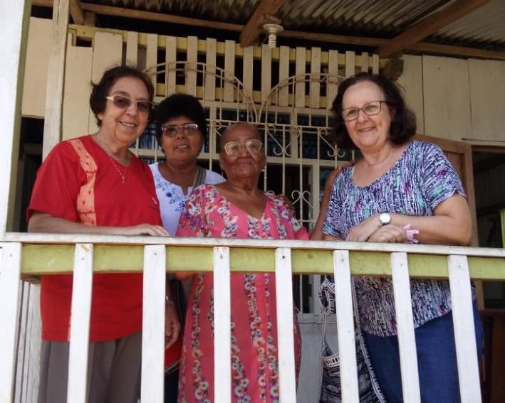 Visita de Irmã Regiane Sonja à Rocafuerte