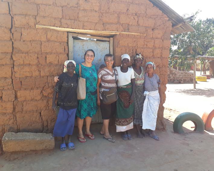 Visitando as comunidades que estão nas aldeias