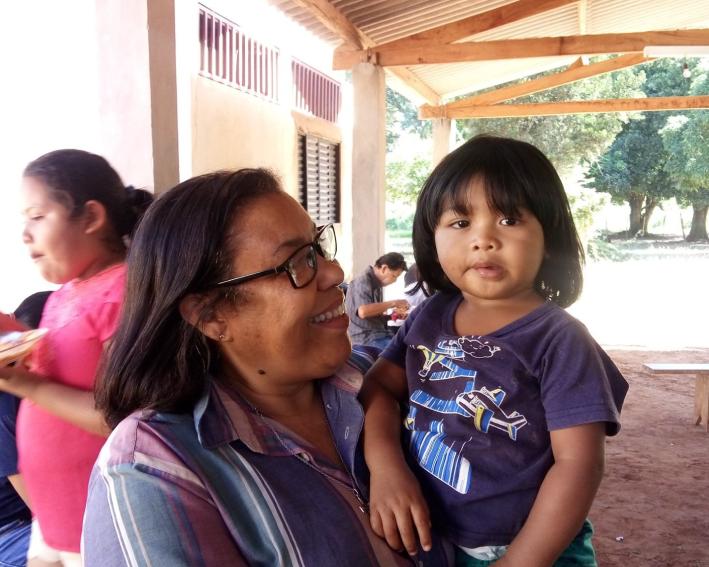 Ir. Maria José na missão com os povos da Amazônia
