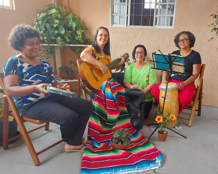 Irmãs na Comunidade de sol Nascente em Ceilandia em momento celebrativo